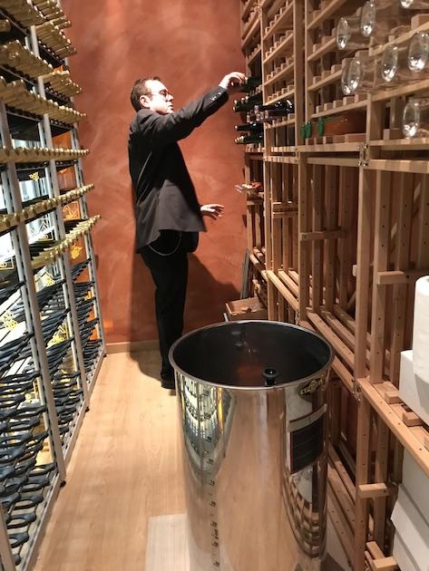 la vinothèque et la cuve